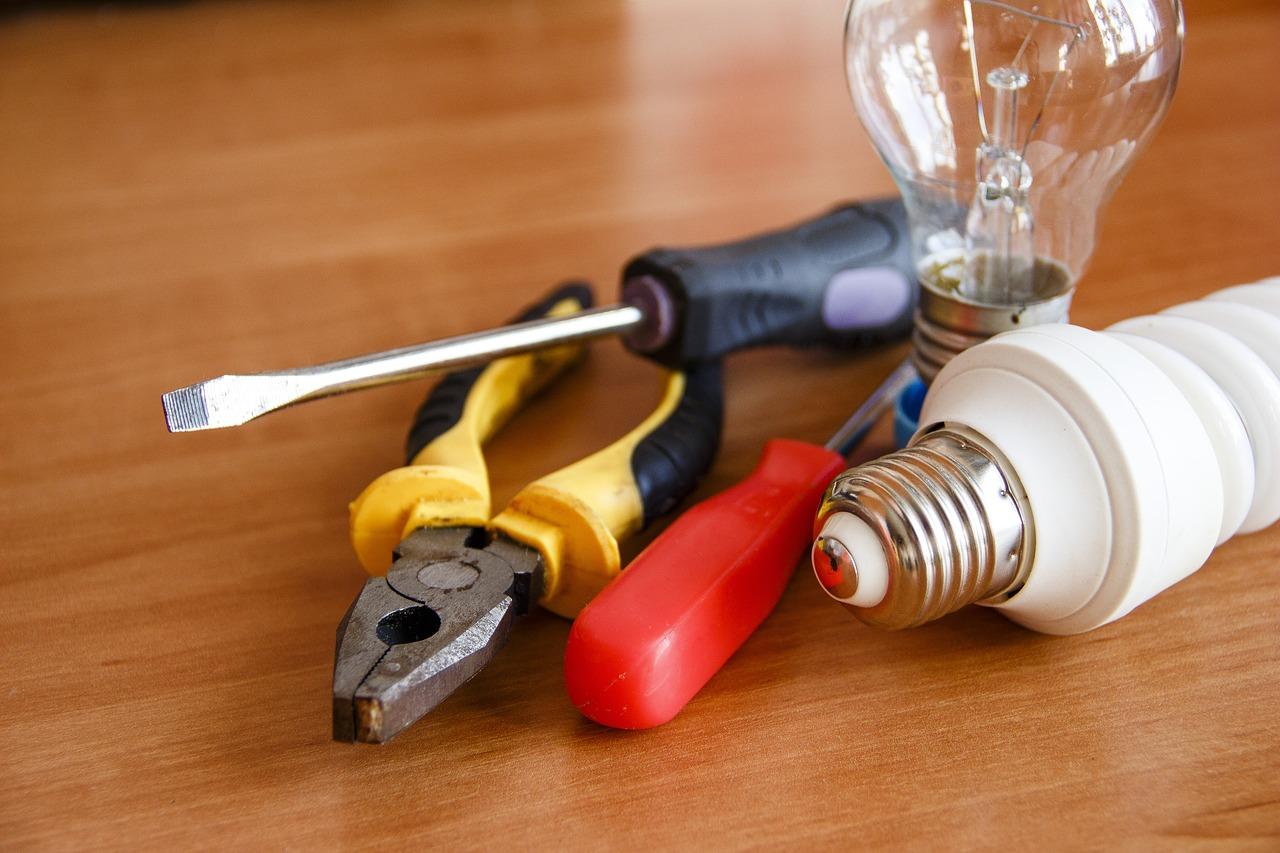 Comment trouver un électricien compétent pour sa maison ?